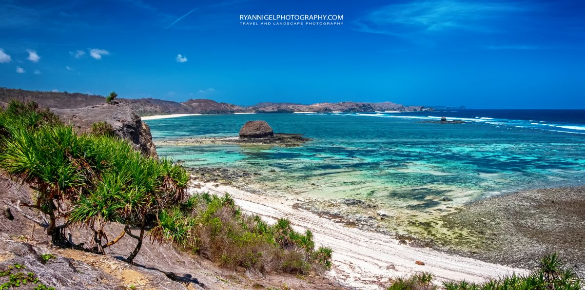 Point Sublieme, view on Seger Beach, Koeta South Lombok