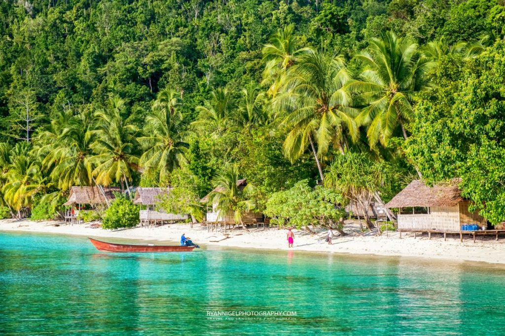 raja ampat gam island yenanas