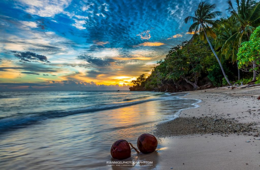 raja ampat sunset kri island