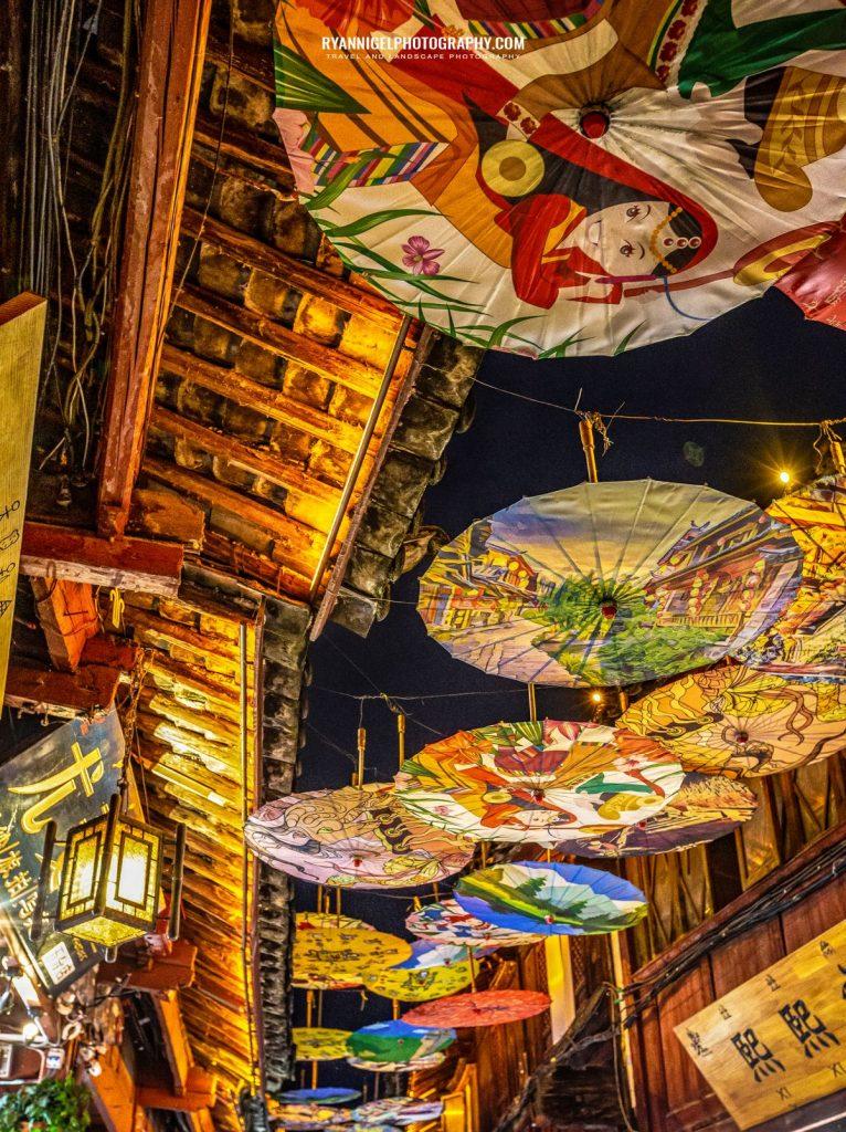 lijiang-streets-at-night_48661031452_oedit