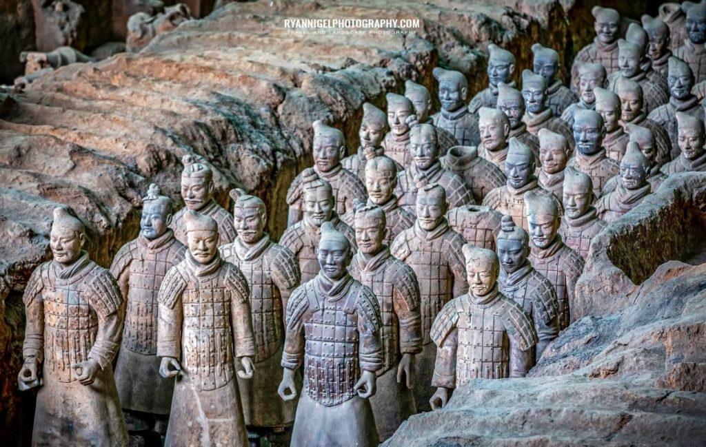 terracotta-army-xian_48660538108_oedit