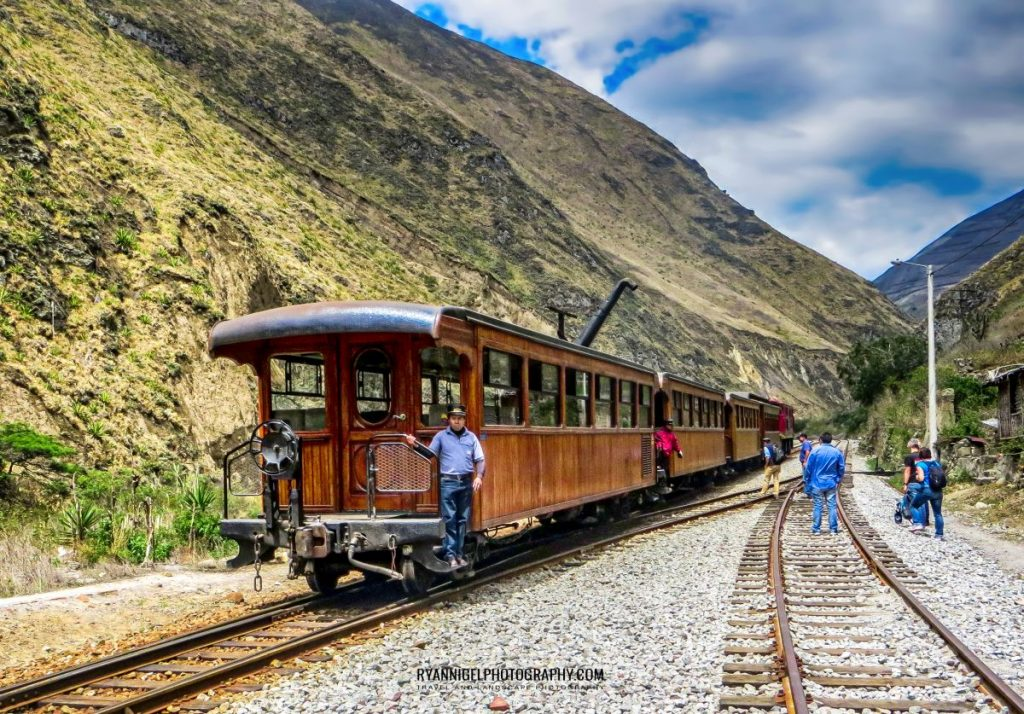 the-devils-nose-railway_16920416937_oedit