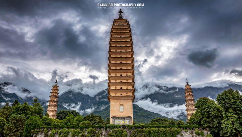 three-pagodas-temple-dali_48660913406_oedit
